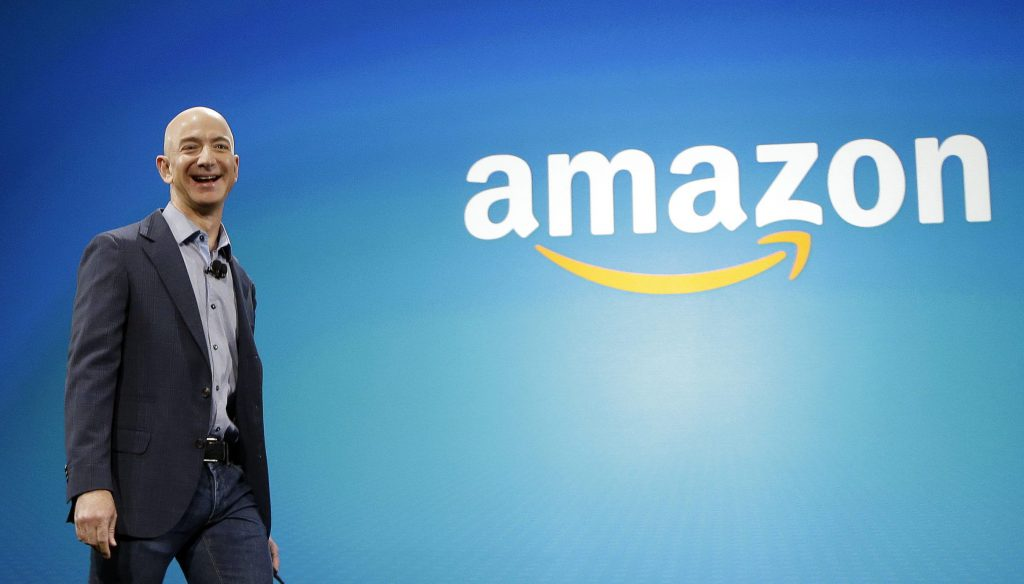جيف بيزوس مؤسس أمازون.. نحن بصدد تدمير كوكبنا ! | Tech Gigz - تيك كيكز
